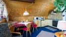 A - Esszimmer und Küche